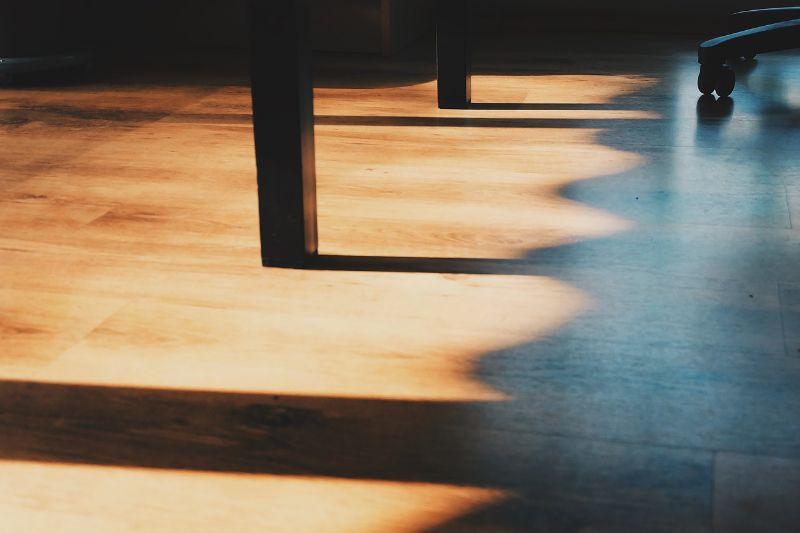 pavimento-antitrauma-interni-lavoro_800x533