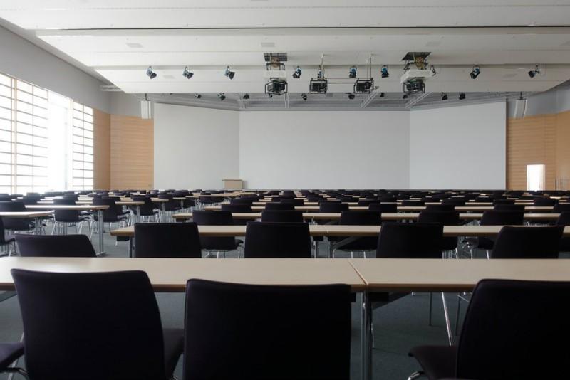 Come scegliere le sedie per i congressi