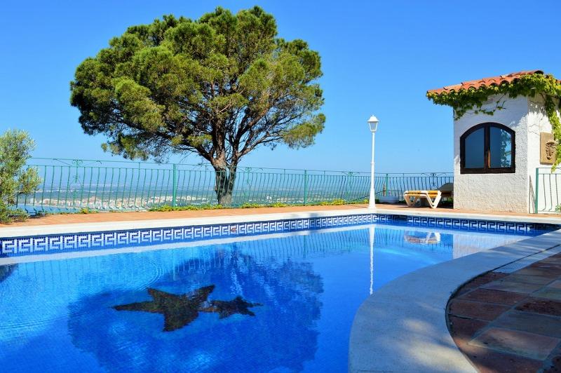 protezione-piscina_800x532